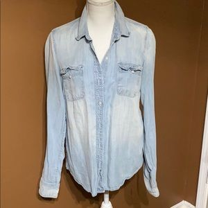Lucky Brand chambray button down shirt